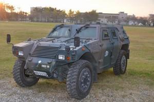 防衛省自衛隊東京地方協力本部【軽装甲機動車】文字なし